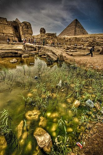 25 unique climate of egypt ideas on pinterest the sphinx this photo perfectly chronicles ancient egypt and the modern as represented by the rubbish in the filthy water fandeluxe Epub