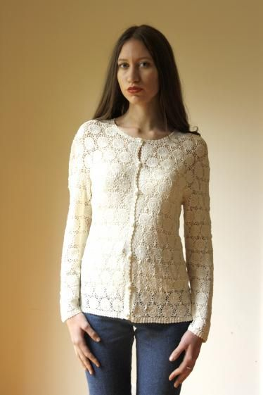 Round She Goes - Market Place - vintage cream lace cardigan