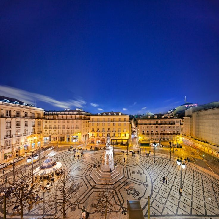 Praça Luis de Camões , Lisboa #Portugal