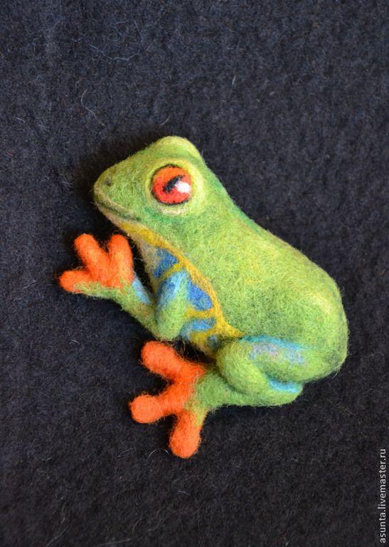 """Купить Брошь валяная """"Лягушка"""" - ярко-зеленый, брошь, лягушка, квакша, аксессуар, ваяние"""