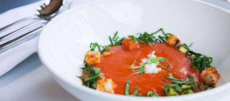 Этот вкусный суп гаспачо содержит множество полезных веществ, а еще его можно тем, кто на диете.
