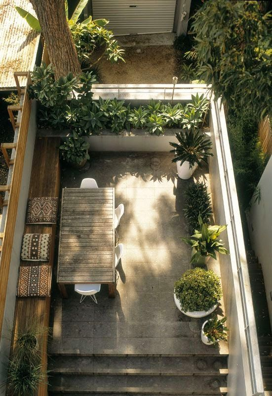 Small rooftop garden. Pinned to Garden Design - Ro... Not so much food, but a…