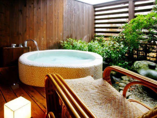 露天風呂付客室の露天風呂 シャワー無し 露天 風呂 付 客室 日本のお風呂 夢のマイホーム