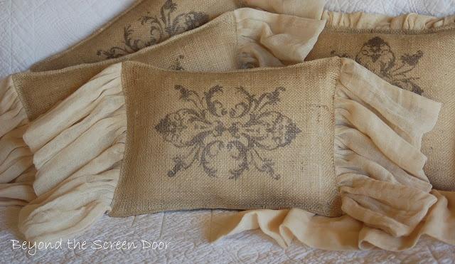 Best 25 burlap pillows ideas on pinterest rustic for Decorative burlap fabric