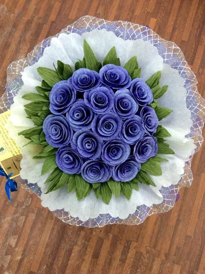 138 best DIY Crepe Paper Flowers and Chocolate Bouquets images on ...
