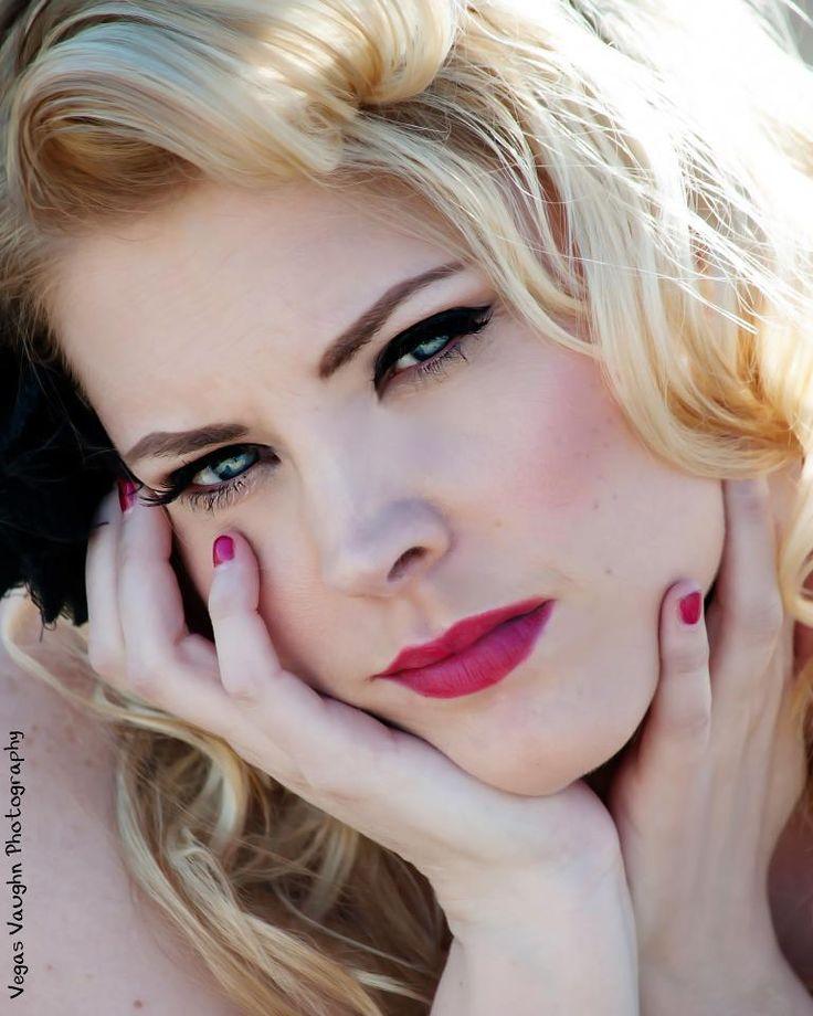 Bridal makeup makeup hair for A tamara dahill salon