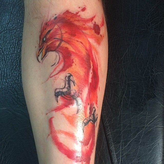 Watercolor Phoenix (first session) by Victor Octaviano at Puros Cabrones Tattoo - Santo André, Brazil - Imgur