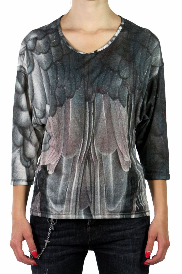 FEATHER PRINTED VISCOSE T-SHIRT