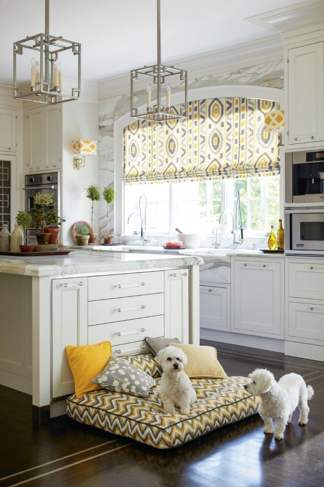 Inspiring white kitchen ideas with black appliances #whitekitchen