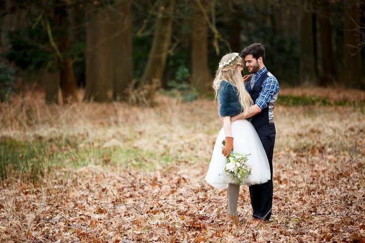 Korte trouwjurk van Assepoester (foto door www.monetmine.nl)