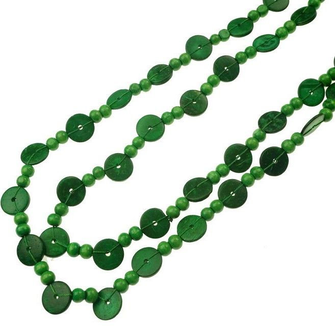 This 160cm beaded necklace with green beads and disc can be doubled in varying lengths. $10