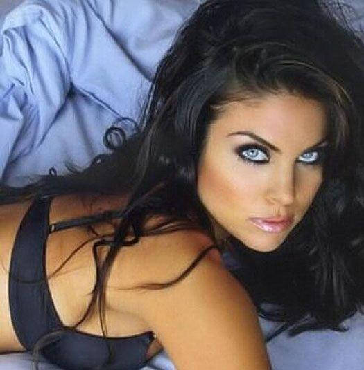 Iran Politics Club: Nadia Bjorlin Sexy Iranian Actress, Singer & Model 4: Sexy Wild Album