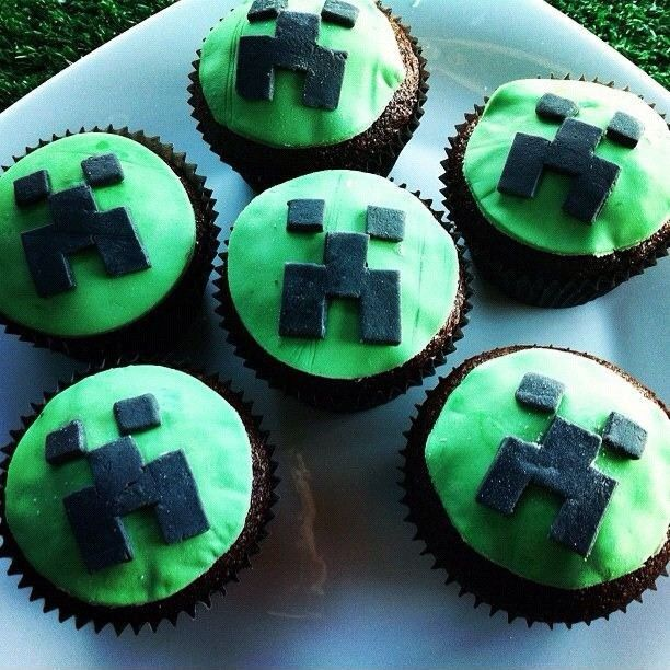 nike air max flyknit Minecraft Cupcakes
