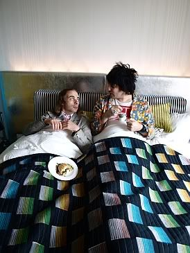 In bed with Paul Foot lol