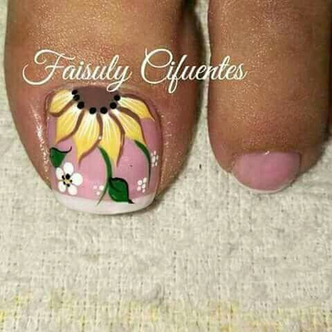 Toe nail art design | nail art design ideas