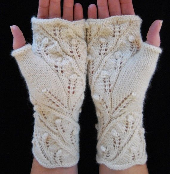 Knitting Pattern PDF Fingerless Gloves Fern Spiral por lynnevogel