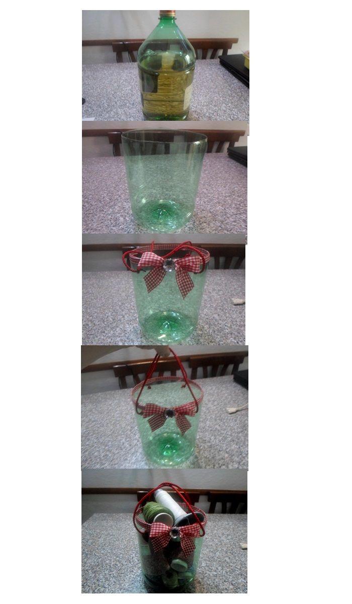 Riciclo fatto con un semplice bottiglione di vino o di acqua un porta oggetti.Io ho deciso di metterci dei filati.