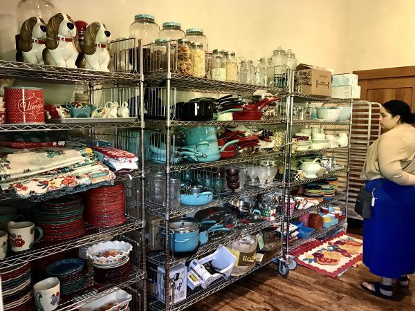 Pioneer Woman's lodge cookware and dishes