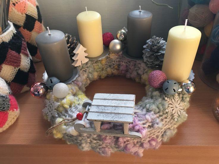Adventi koszorú II. (Adventwreath II.) #advent #adventwreath #koszorú #kötés #knitting #knittedbase #christmastime #karácsony