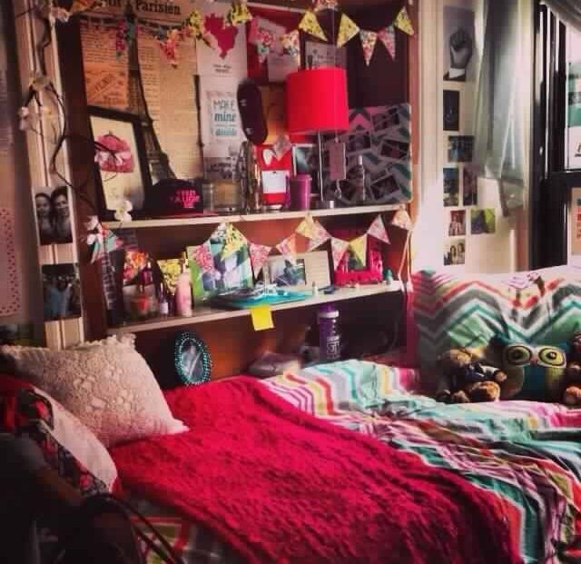 Lovely Really Colorful Bohemian Style Dorm Decoration // Dorm Room Inspiration,  This Is Exactly How I Want My Room To Look! So Cozy, Warm And Alive, ... Part 21