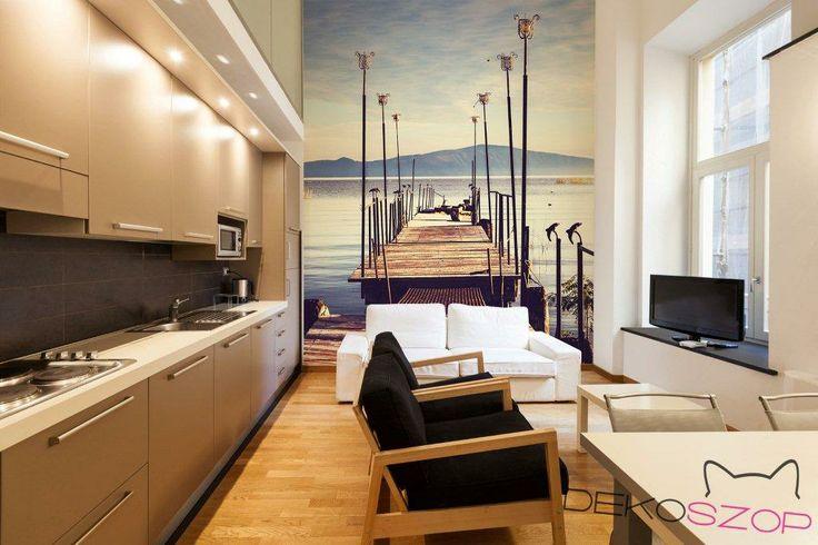 Salon w wyjściem na pomost / From living room straight to quay; fot. Dekoszop