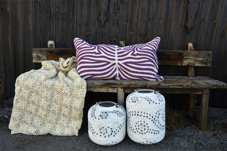 One of our new pillows and lanterns, soon in stock!