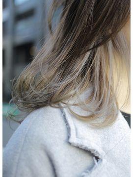 【Barouche/田村一生】 インナーカラー グレイッシュ 堀江/Barouche 【バローチェ】をご紹介。2017年夏の最新ヘアスタイルを100万点以上掲載!ミディアム、ショート、ボブなど豊富な条件でヘアスタイル・髪型・アレンジをチェック。