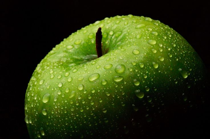 """""""An Apple a Day"""" a winning photograph in the Hunt's Photo and Video Still Life Photography Contest!"""