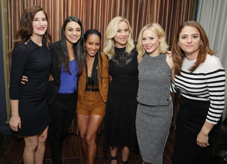 """I am so excited be partnering and doing a giveawaywith entertainment marketing agencyThink Jam,media companySTX Entertainmentand motion picture company Universal Picturesfor the Digital HD release of the hit movie """"Bad Moms,"""" starring Mila Kunis, Christina Applegate, Kristen Bell, Jada"""