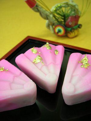 茶席上生菓子『謡心』 : 本日も和菓子日和です