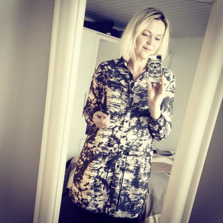 Se vores konsulent, den skønne modeblogger Malsens, bud på de ti bedste styles til forår - vi spår at der bliver mere end 10 favoritter - for det er godt nok svært at vælge:-) http://www.malsen.dk/2015/02/min-top-10-black-swan-ss15/