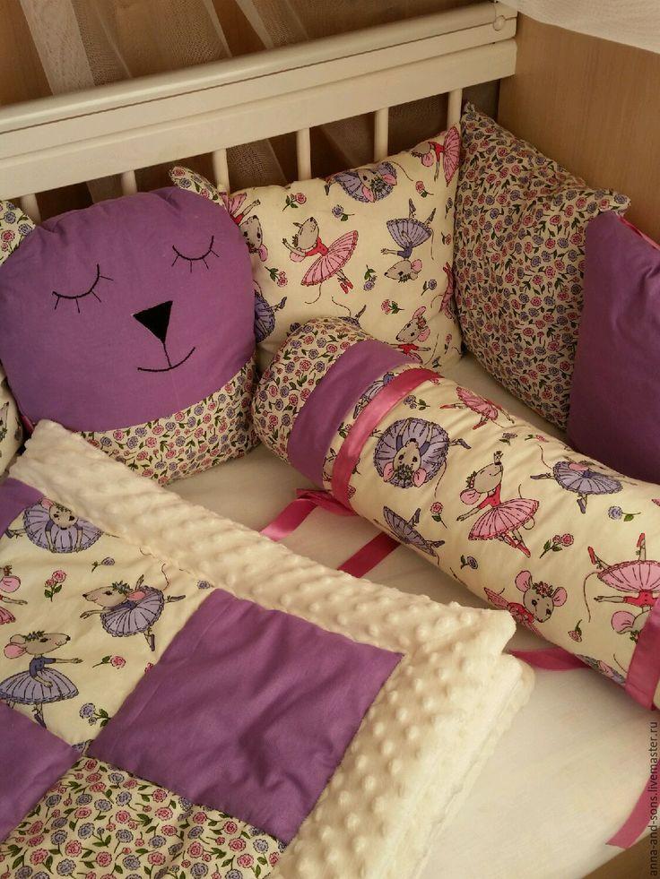 Купить или заказать Бортики в кроватку в интернет-магазине на Ярмарке Мастеров. Бортики в кроватку в нежнейшей расцветке. ( на фото она немного яркая) комплект состоит из бортиков подушек Одна игрушка сплюшка. Единорог. под комплект можно заказать одеяло на выписку. В наличии комплект на первом фото.