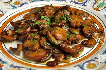 Funghi trifolati - Sautéed Mushrooms
