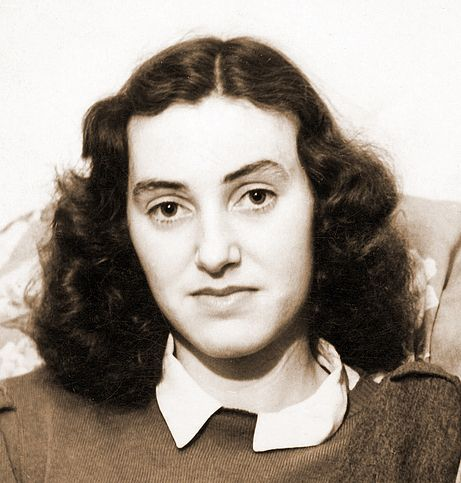 June Light, shown here at age 20, was a Canadian girl in love with her Australian pilot, when he was tragically killed in a training accident in 1944.