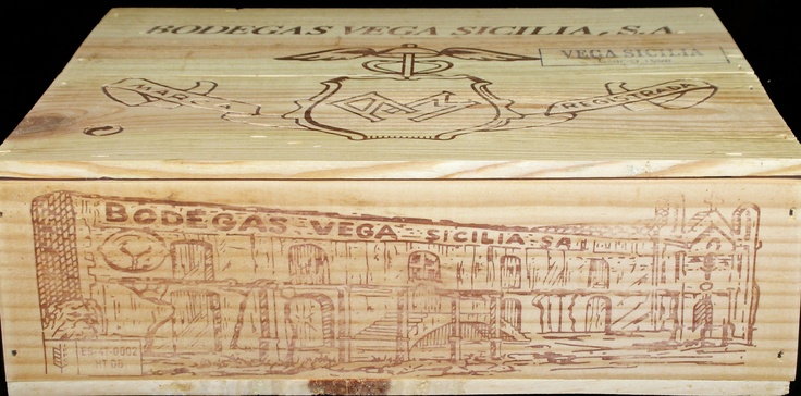 Bodegas Vega Sicilia 3 Bottle Wooden Wine Case