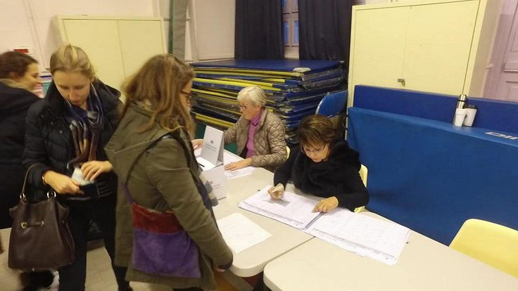 High turnout in French presidential primary #turnout #french #presidential #primary