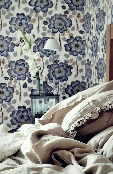 !!: Beautiful Wallpapers, Chrysanthemums Bedrooms, Farmhouse Dreams, Patterns Wallpapers, Big Flower, Bedrooms Serenity, Wallpapers Krysantem, Blue Bedrooms, Wallpapers Fabr