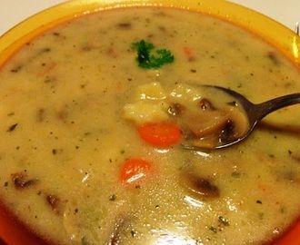 Hubová polievka s haluškami