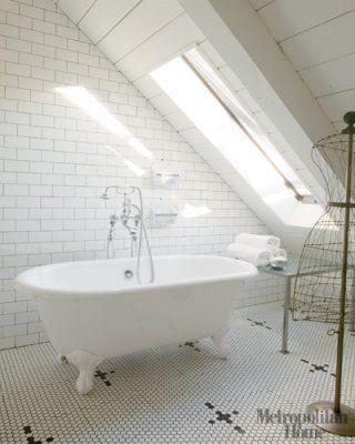 Subway tiles and an antique tub (via Hi sugarplum)