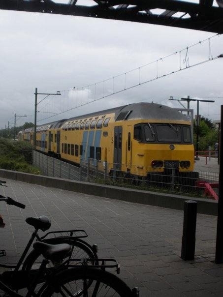 architectuur, voor de ns een trein ontworpen.