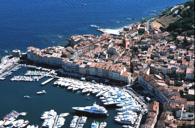 St Tropez is as sexy as ever; check out this guide: Gorgeous Saint Tropez