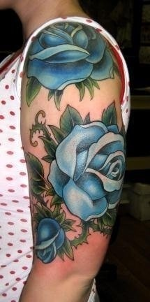 Hannah Aitchison blue roses tat