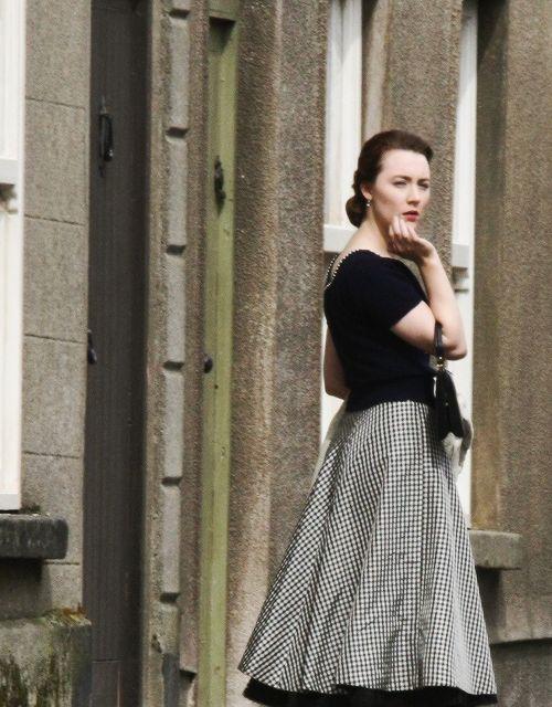 Saoirse Ronan in Brooklyn (2015).