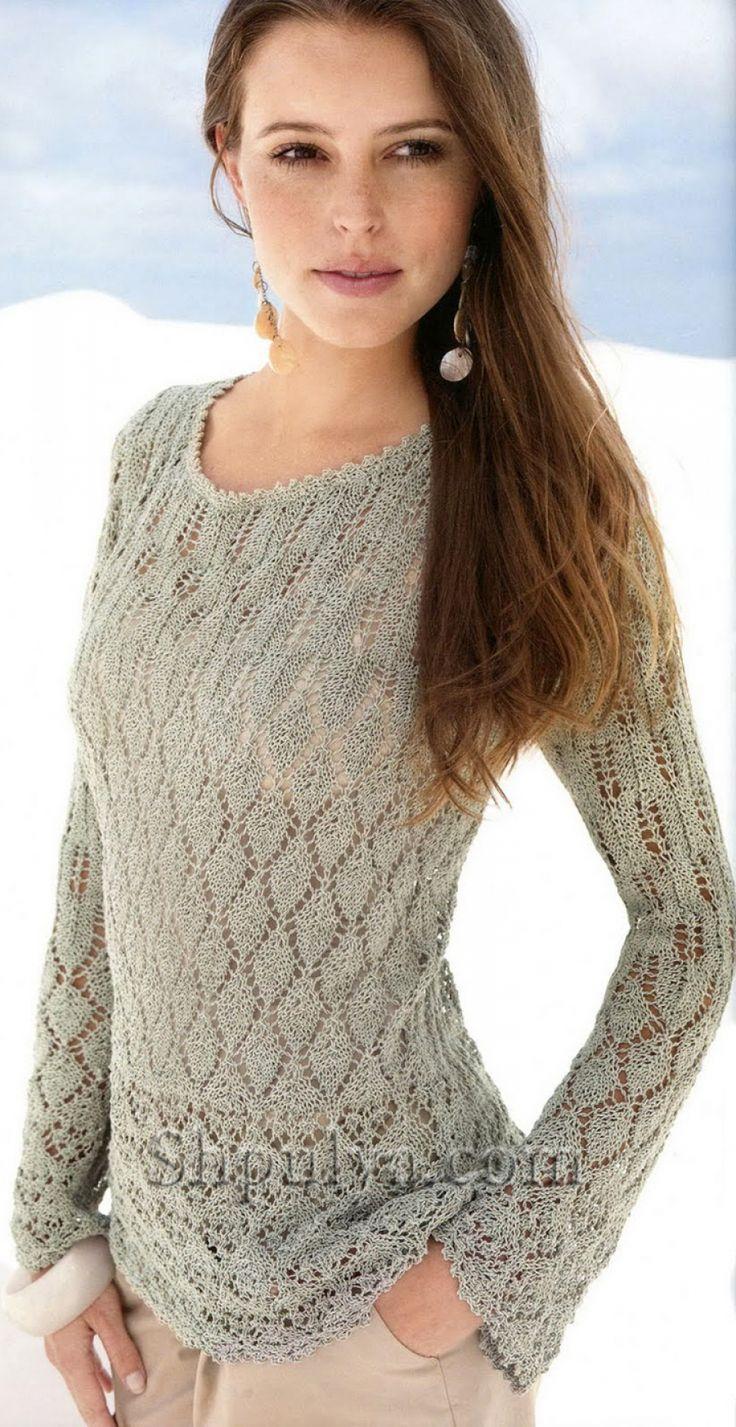 Ажурный серый пуловер, вязаный спицами