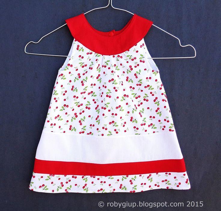 Sempre più spesso mi arrivano richieste per degli abiti con scollo tondo, pare che siano molto apprezzati come idea regalo non solo per il p...