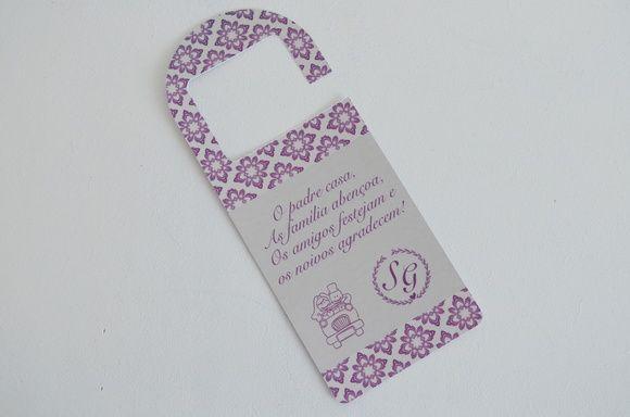 Tag para porta ou retrovisor de carro!  www.cartesdesign.com cartesconvites@gmail.com Instagram: cartesdesign