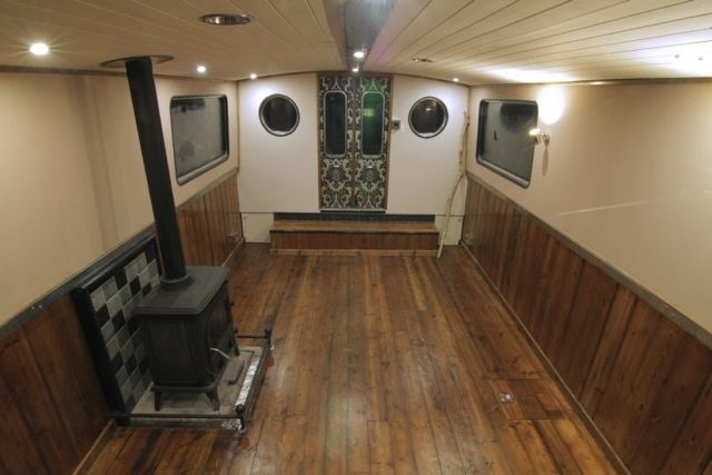 Luxury wide beam canal boat the aeon canal boat design for Interior boat designs