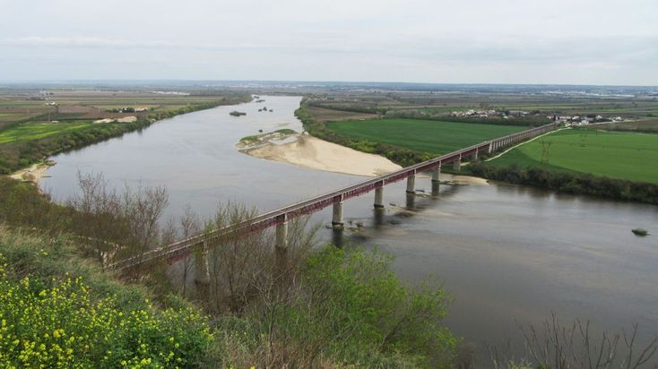 Santarém (Cidade), Ponte D. Luís I e o Tejo