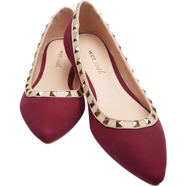 Pointed Flats With Pyramid Stud Detail ($15) ❤ liked on Polyvore featuring shoes, flats, burgundy, flat pumps, pointy flats, wet seal, pointed studded flats и pointed flat shoes