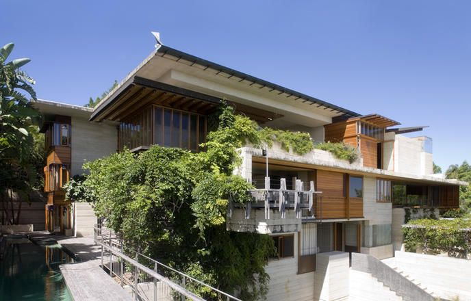 C HOUSE: DONOVAN HILL